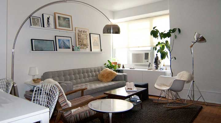 example of a modern living room set up with feng shui tips
