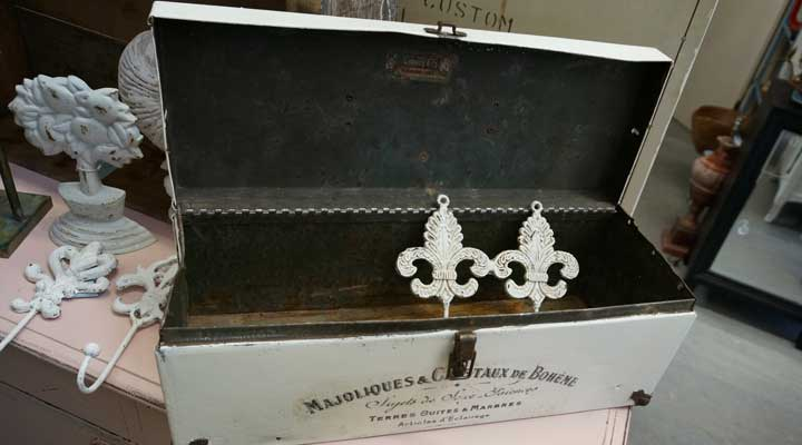 french country decor box