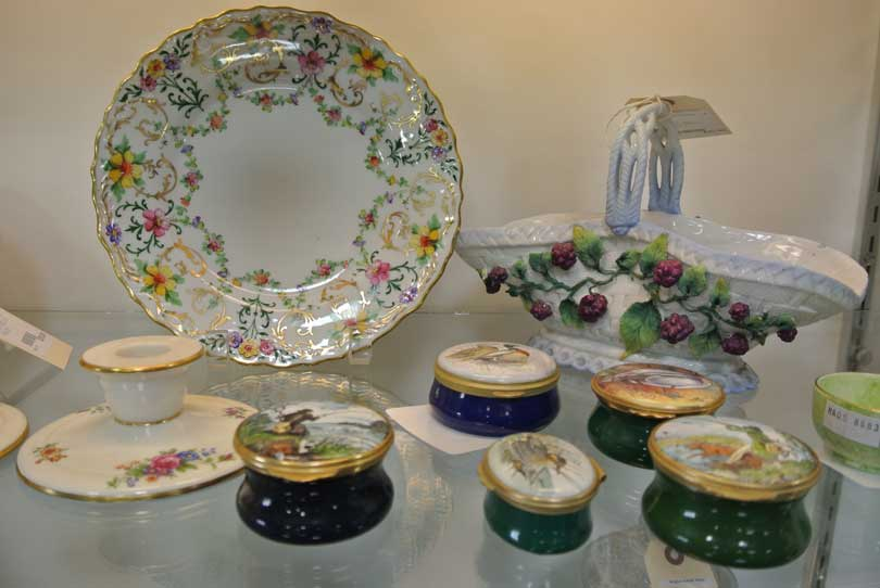 porcelain boxes and plates