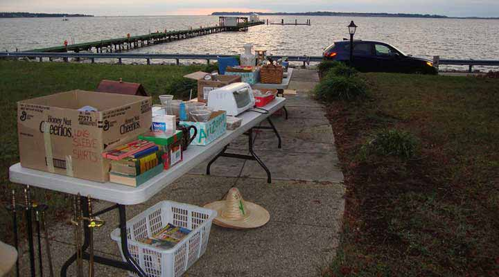 seaside-garage-sale-posted-online