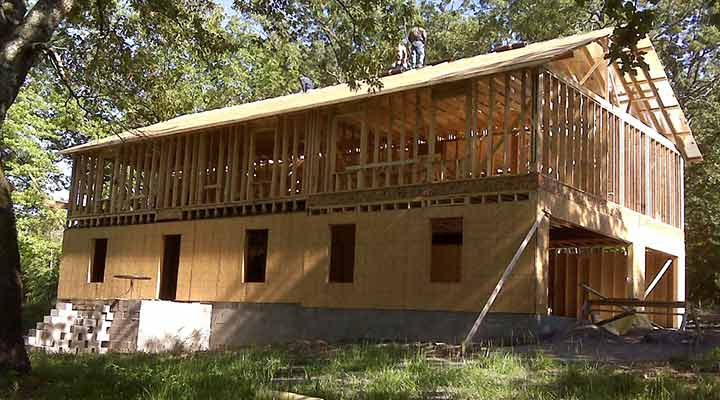 tips for building a house in arkansas