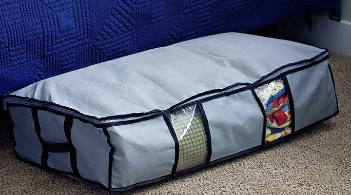 under bed storage bag for seasonal clothes or items