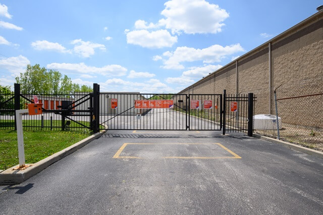 public storage 4849 w 115th street alsip il 60803 security gateb