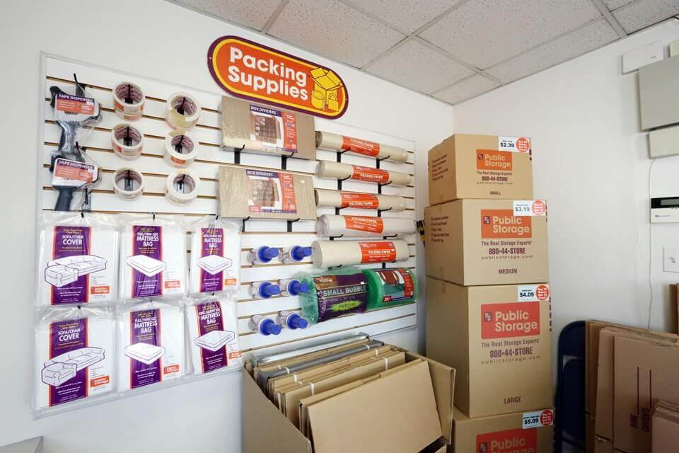 public storage 12730 s pulaski road alsip il 60803 interior office