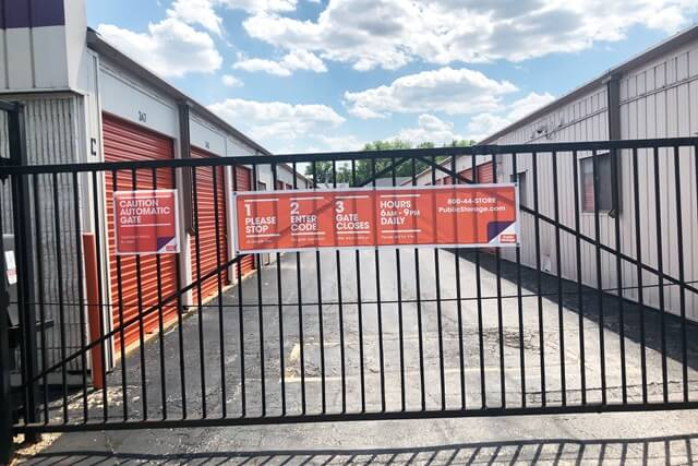 public storage 3940 reavis barracks rd st louis mo 63125 security gatea