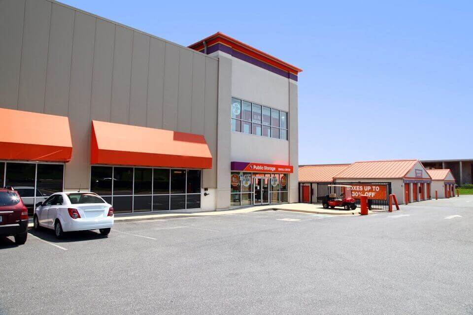 public storage 16001 frederick road rockville md 20855 exterior