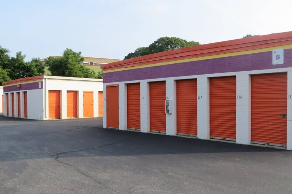 public storage 71 freeway drive cranston ri 02920 units