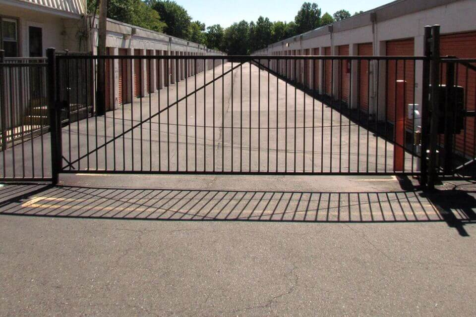 public storage 1861 old cuthbert road cherry hill nj 08034 security gate