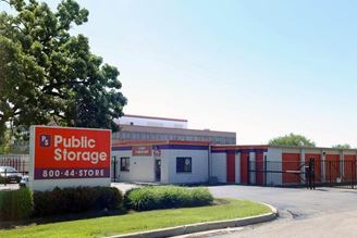 public storage 665 big timber road elgin il 60123 exterior 1
