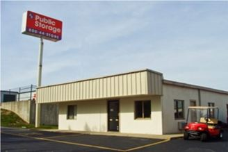 public storage 4600 kenny road columbus oh 43220 exterior 1