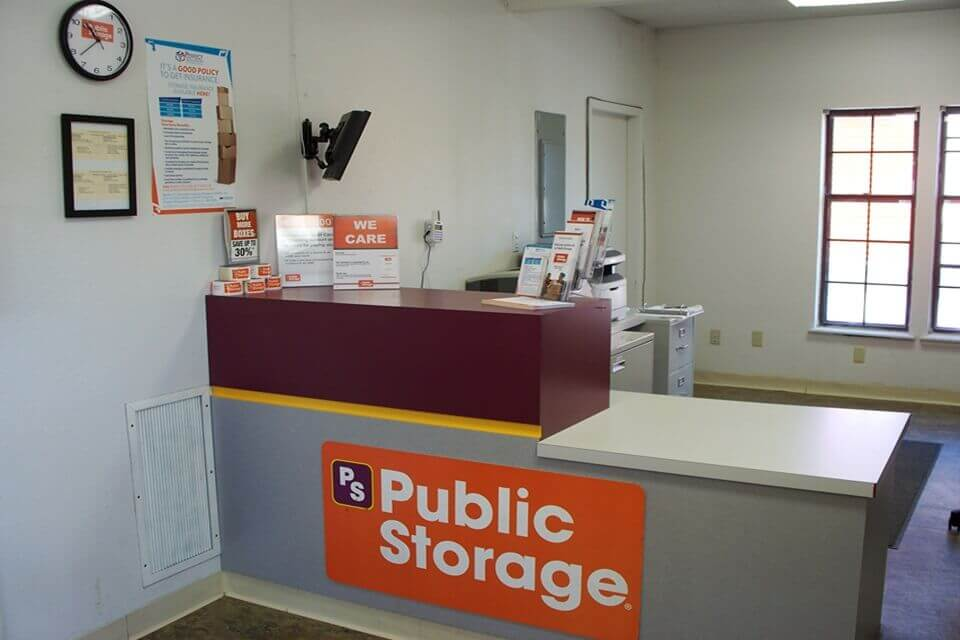public storage 2700 m 291 frontage rd independence mo 64057 interior office
