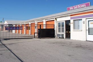 public storage 109 e 31st street independence mo 64055 exterior