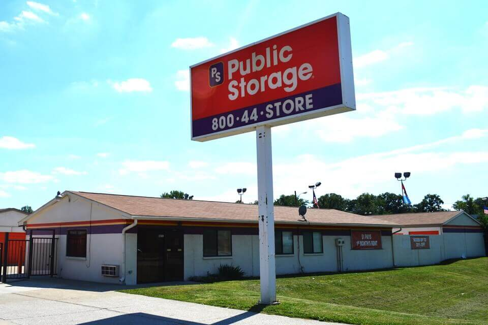 public storage 8651 e washington st indianapolis in 46219 exterior