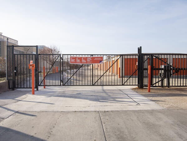 public storage 2040 s 25th ave broadview il 60155 security gate