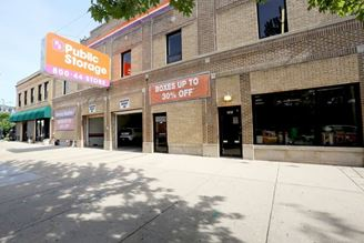 public storage 1512 west jarvis ave chicago il 60626 exterior 1