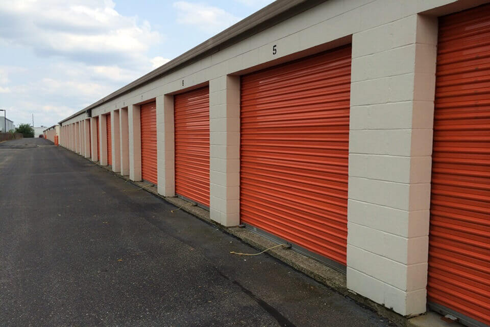public storage 5151 pike plaza indianapolis in 46254 units