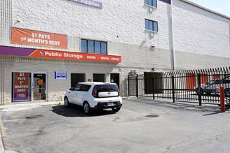 public storage 4072 n broadway street chicago il 60613 exterior 1