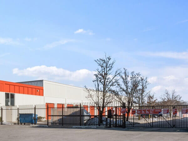 public storage 8625 waukegan road morton grove il 60053 security gate