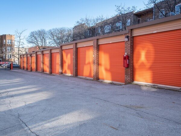 public storage 2101 w howard street chicago il 60645 units