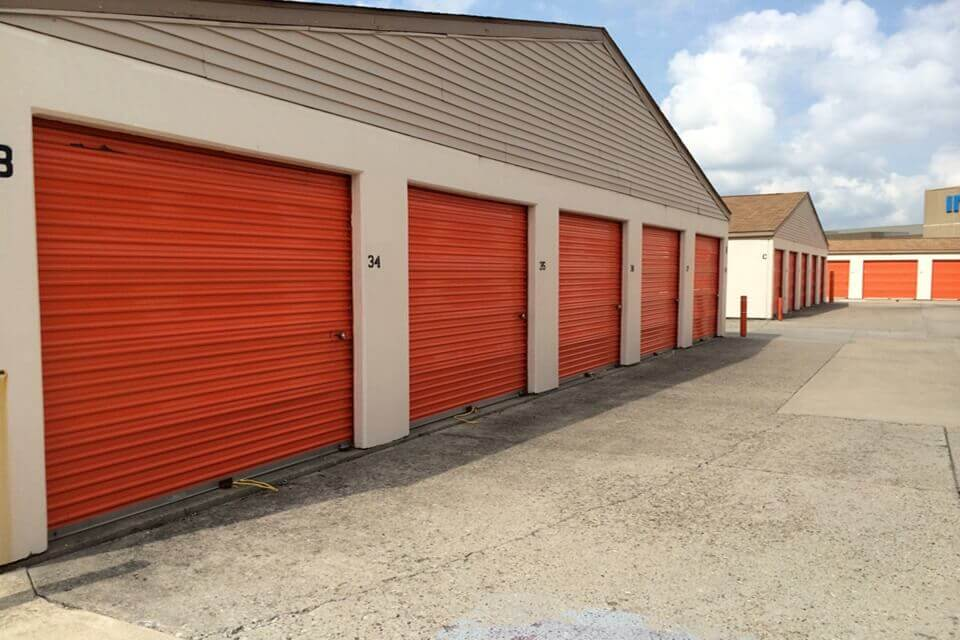 public storage 4350 s east street indianapolis in 46227 units