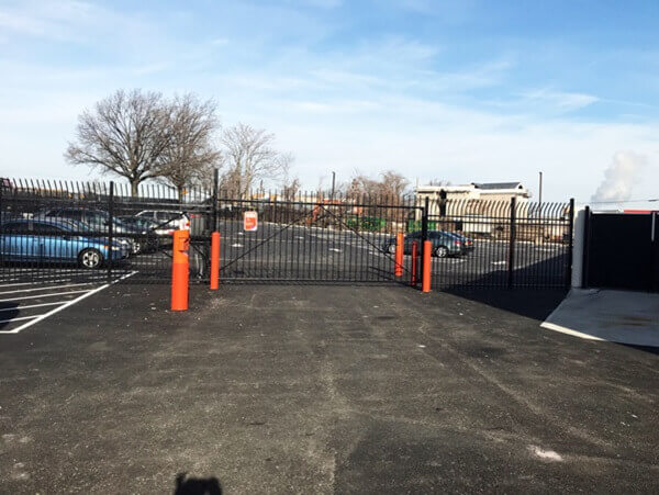 public storage 2401 brooklyn queens expy woodside ny 11377 security gate