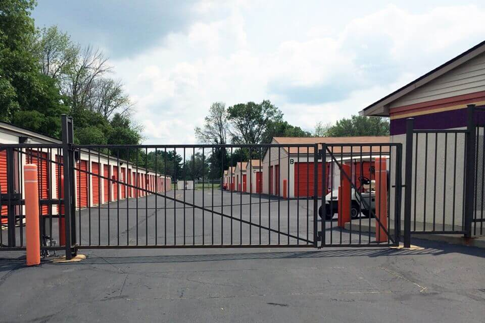 public storage 6817 w washington st indianapolis in 46241 security gate