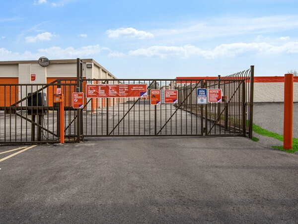 public storage 1505 western ave chicago heights il 60411 security gate