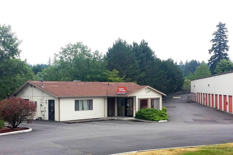 public storage 11995 sw corby drive portland or 97225 exterior