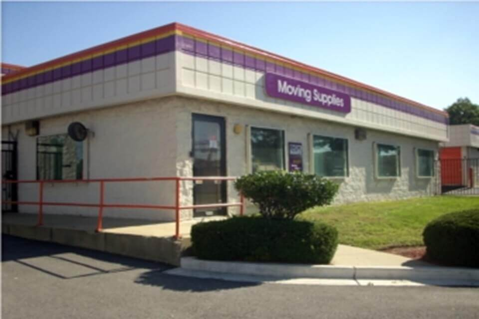 public storage 5000 indian head hwy oxon hill md 20745 exterior