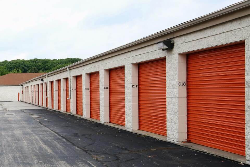 public storage 7415 west dean road milwaukee wi 53223 units