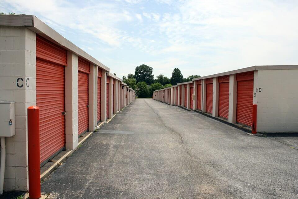 public storage 5801 woodcliff rd bowie md 20720 units