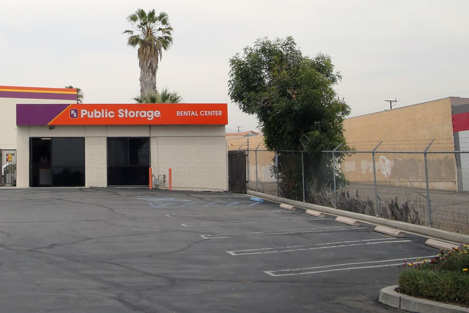 public storage 18175 chatsworth ave granada hills ca 91344 exterior