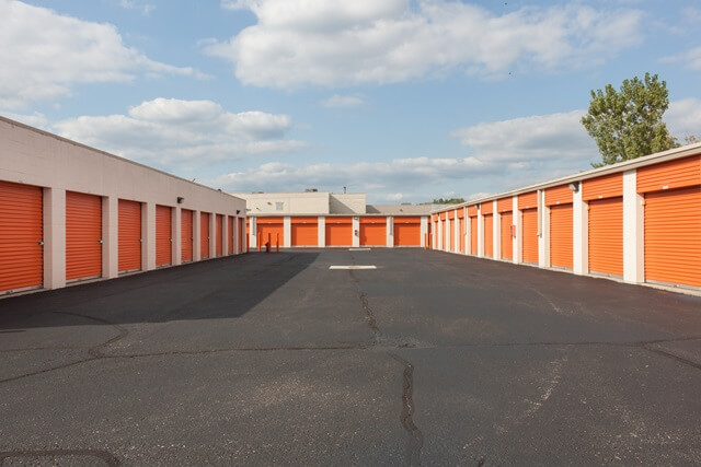 public storage 1404 e big beaver road troy mi 48083 unitsb