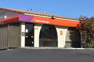 public storage 2727 s decatur blvd las vegas nv 89102 exterior 1