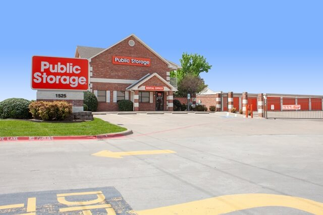 public storage 1525 w pleasant run road lancaster tx 75146 exteriora