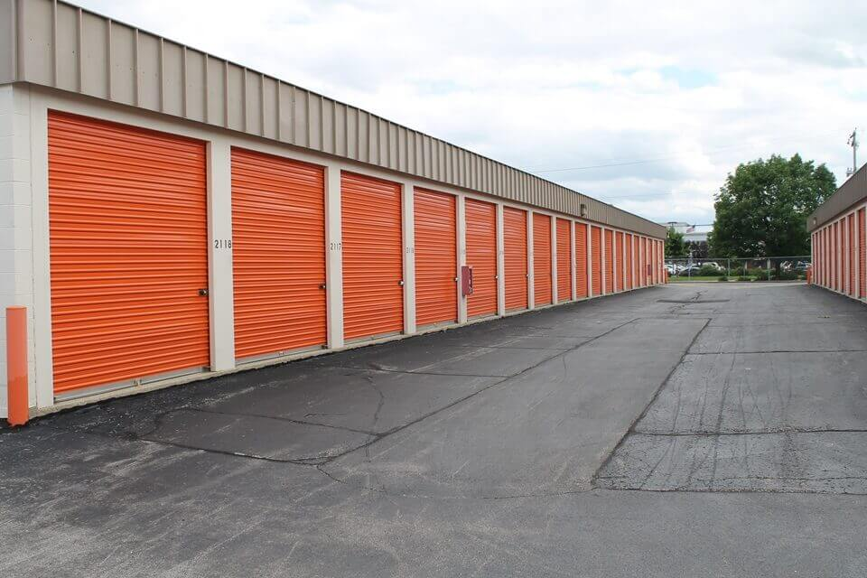 public storage 11122 w lincoln ave west allis wi 53227 units