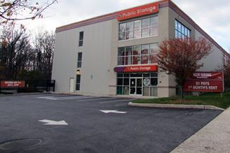 public storage 10728 reisterstown road owings mills md 21117 exterior