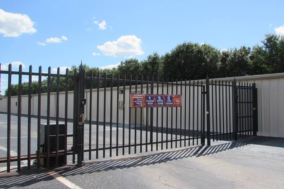 public storage 1155 providence road brandon fl 33511 security gate