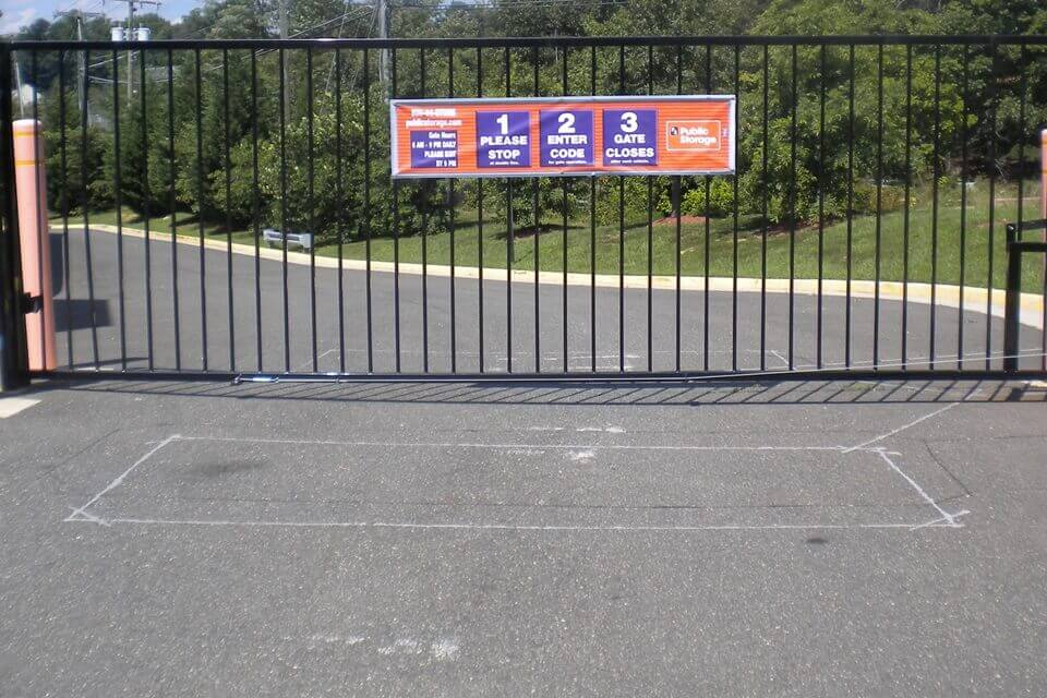 public storage 7685 pohick rd lorton va 22079 security gate