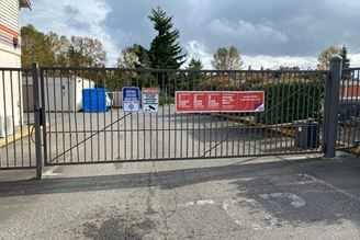 public storage 27000 pacific highway s kent wa 98032 4 security gate 4aa