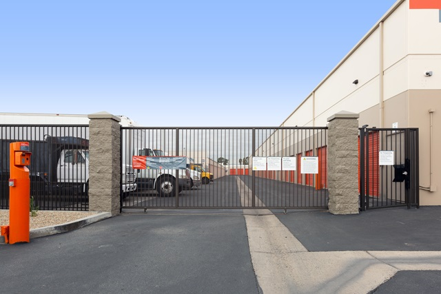 public storage 623 w collins ave orange ca 92867 security gateb