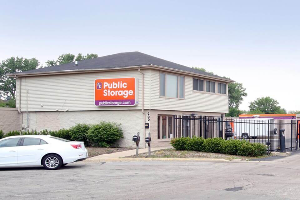 public storage 200 brook court bolingbrook il 60440 exterior