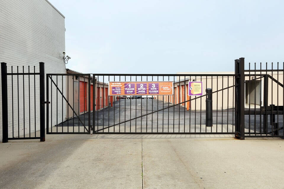 public storage 20909 western ave chicago heights il 60411 security gate