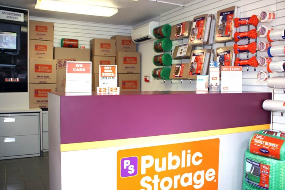 public storage 801 n state street lake oswego or 97034 interior office