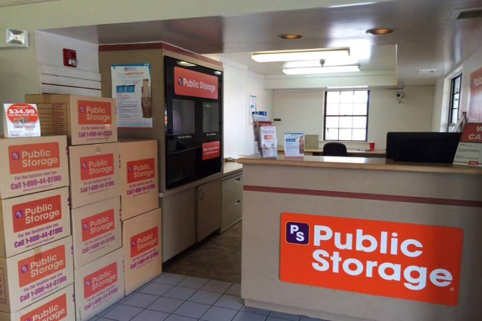 public storage 2101 n haggerty road canton mi 48187 interior office
