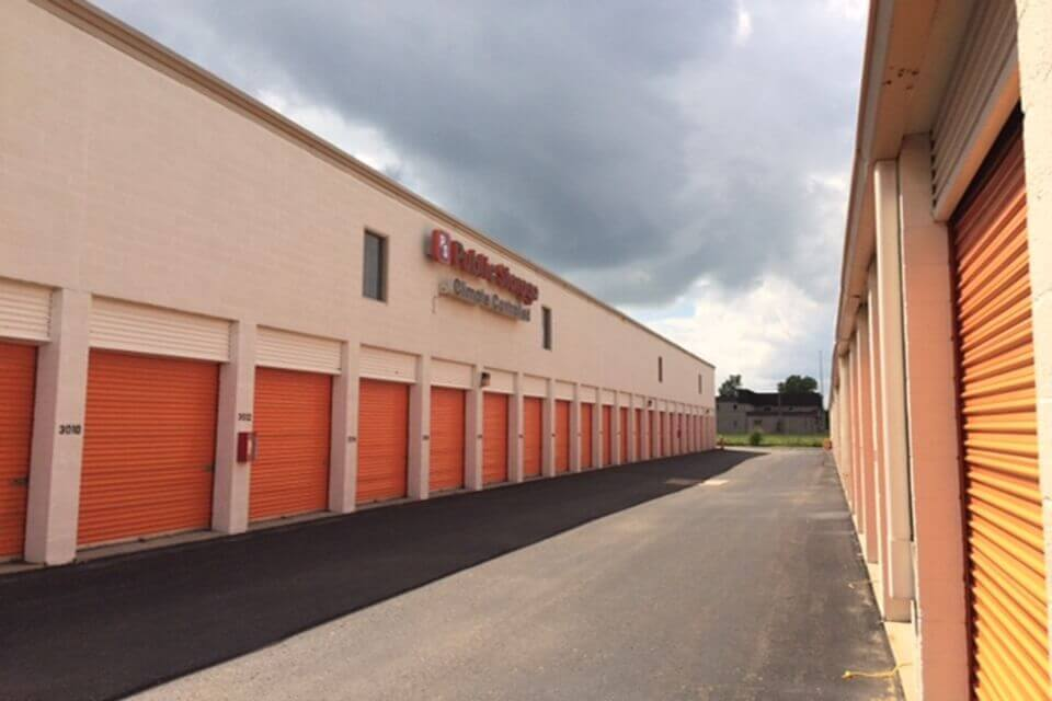 public storage 2101 n haggerty road canton mi 48187 units