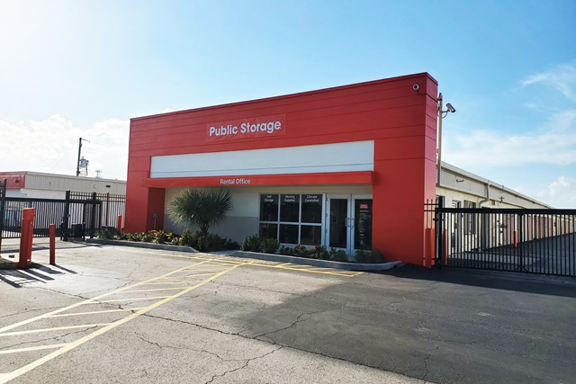 public storage 3601 w blue heron blvd west palm beach fl 33404 exteriora