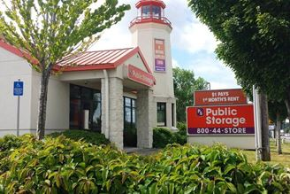 public storage 15700 sw pacific hwy tigard or 97224 exterior 1