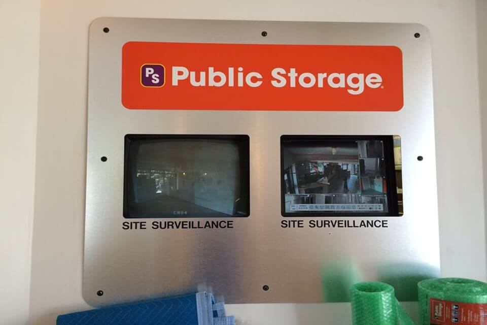 public storage 933 n illinois st indianapolis in 46204 security monitor