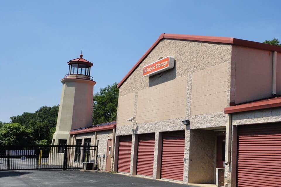 public storage 5085 west chester pike newtown square pa 19073 exterior
